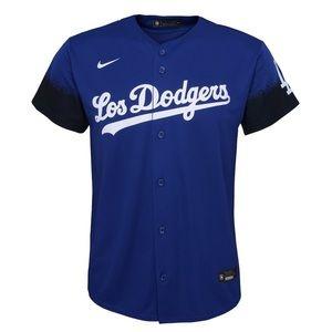 Los Dodgers shirt
